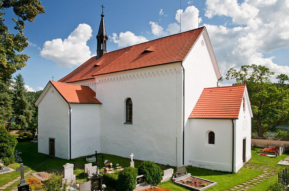 foto kostel sv. Fabiána a Šebestiána veStaré Živohošti